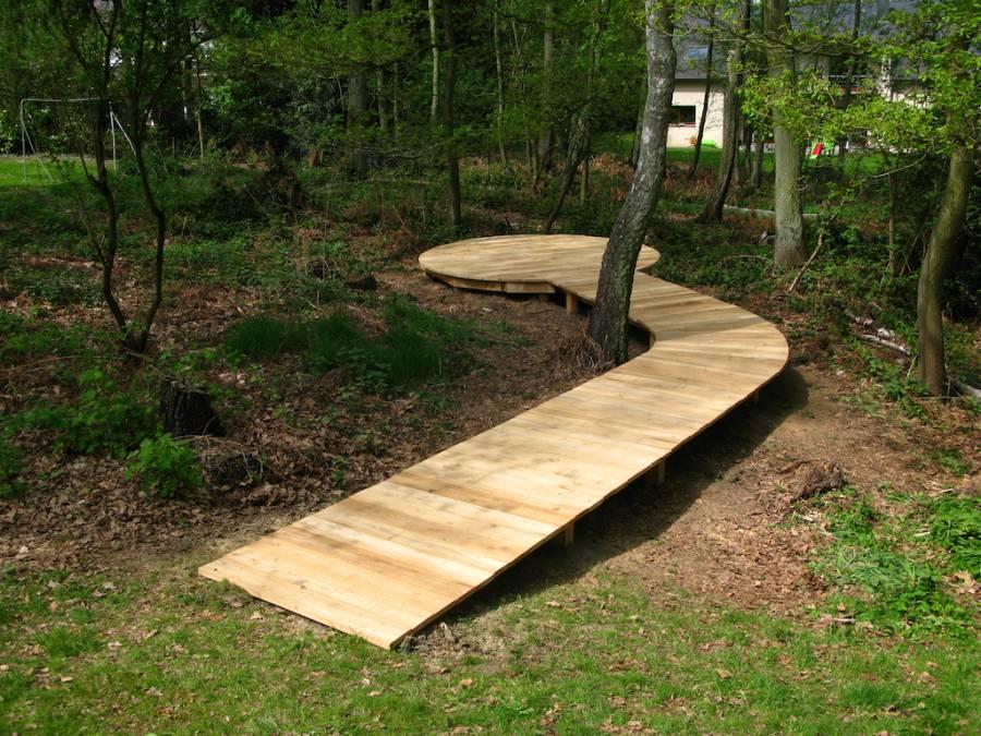 terrasse en bois de robinier li ge. Black Bedroom Furniture Sets. Home Design Ideas